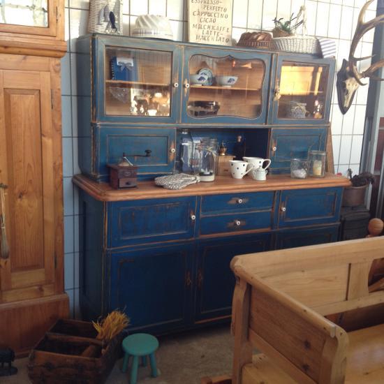 wohnART Antik- und Landhausmöbel
